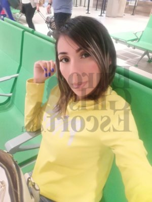 Melahat escort girl