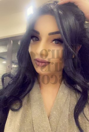 Bernardine call girl in White Bear Lake
