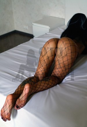 Rekia nuru massage in Apopka and escort