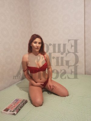 Martina escort girl