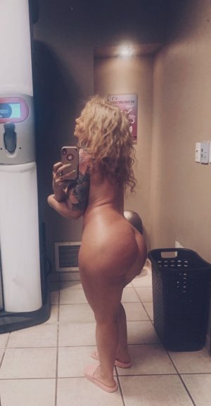 Marie-capucine call girl in Strongsville OH