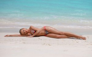 Marie-albertine escort girl