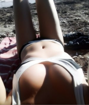 Miriame nuru massage in Salisbury and escort girl